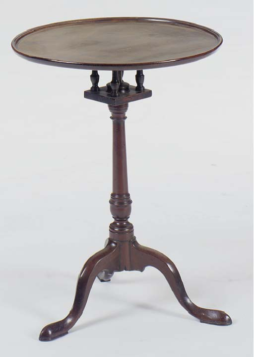 A GEORGE III MAHOGANY CIRCULAR TILT-TOP TRIPOD TABLE,
