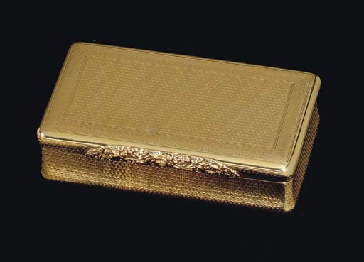A REGENCY GOLD SNUFF BOX