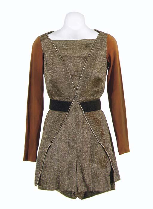 KLINGON WOMAN'S COSTUME FROM