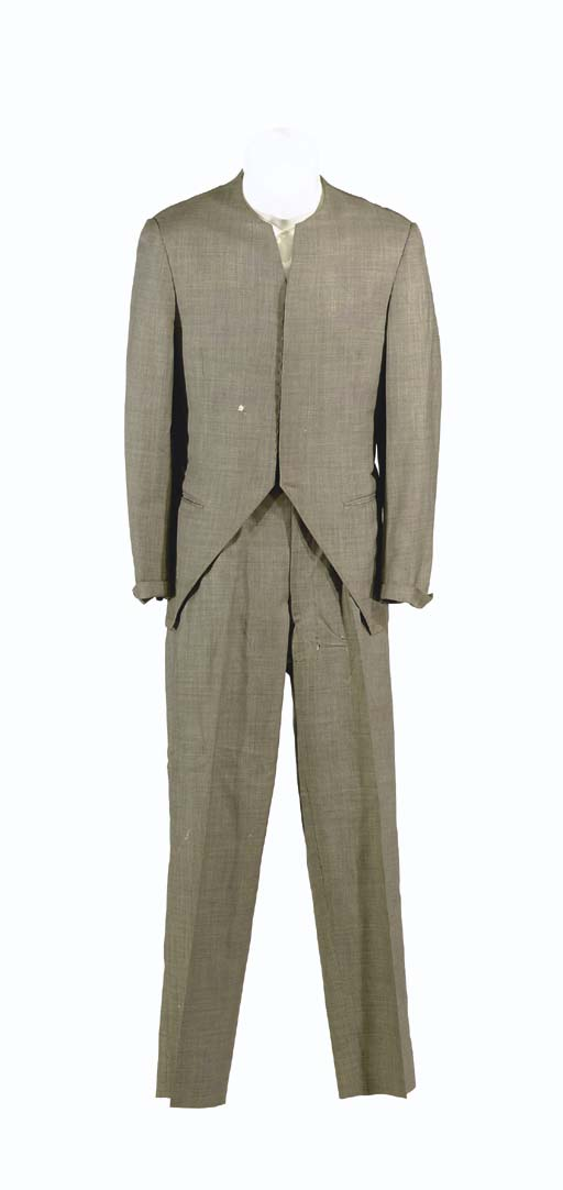ARNE DARVIN'S SUIT FROM