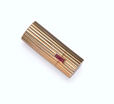 A GOLD AND RUBY LIPSTICK HOLDE