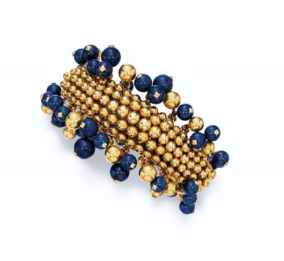 A LAPIS LAZULI AND 18K GOLD BR