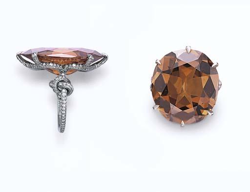 A COLORED DIAMOND