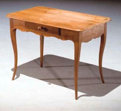 TABLE A ECRIRE