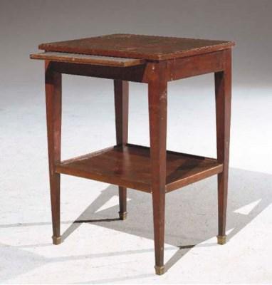 TABLE BOUT DE CANAPE