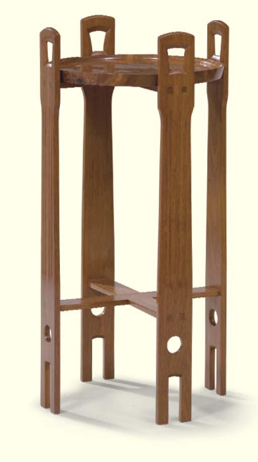 TABLE D'APPOINT DE STYLE ART A