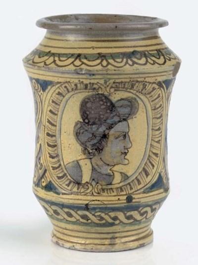 A Sicilian (Burgio) maiolica w