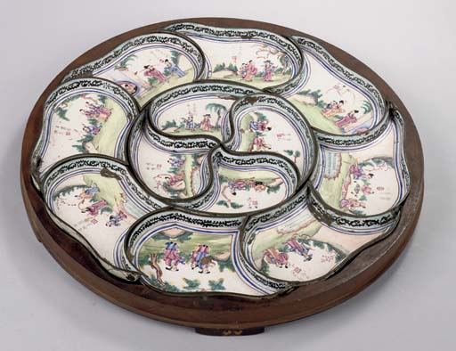 A CHINESE CANTON ENAMEL SWEETM