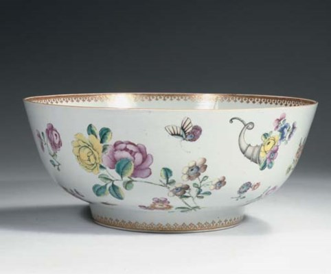 A famille rose large punchbowl