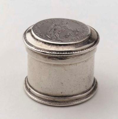 A Dutch silver coin box