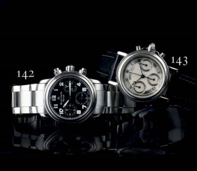 AN AUTOMATIC STAINLESS STEEL W