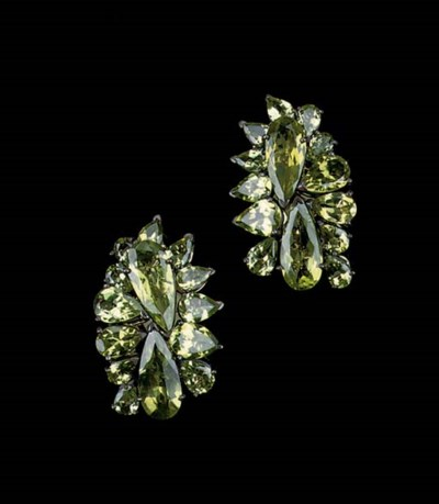 A PAIR OF PERIDOT EARCLIPS