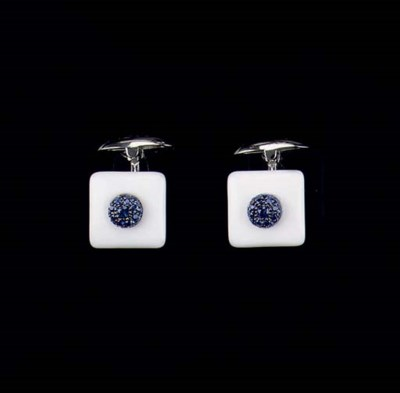 A PAIR OF AGATE AND SAPPHIRE C