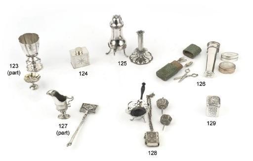 A dutch silver case knipkoker,