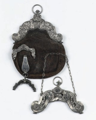 Two dutch silver bag-mounts, a