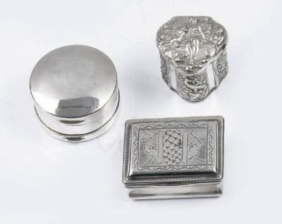 A small dutch silver snuff-box