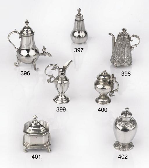 A Dutch silver miniature musta