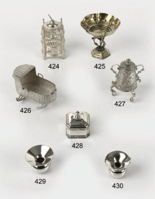 A Dutch silver miniature birdc