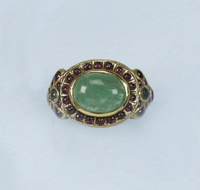 AN INDIAN EMERALD AND RUBY RIN