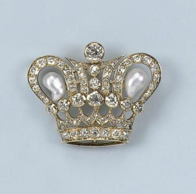 A PEARL AND DIAMOND CROWN BROO