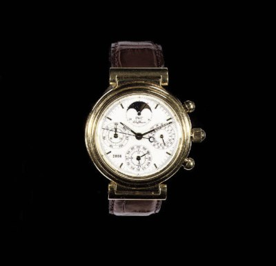 A FINE 18K GOLD AUTOMATIC PERP