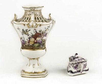 A Loosdrecht pierced pot-pourr
