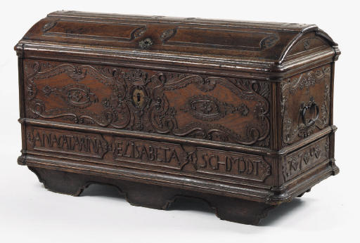 A WEST GERMAN CARVED OAK CHEST