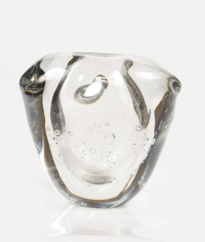 An Unica clear glass vase