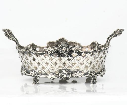 A Dutch silver bread-basket