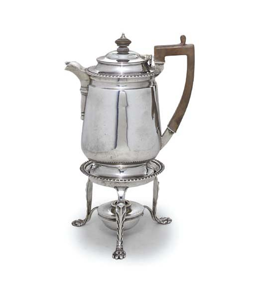 A GEORGE V SILVER TEA-KETTLE,
