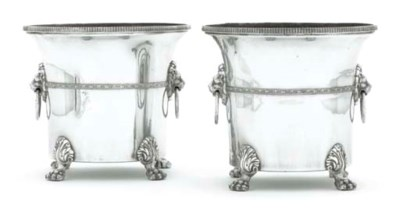 A PAIR OF SILVER PLATED ICE-BU