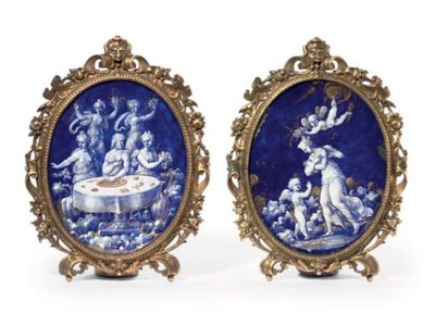 A PAIR OF PARCEL-GILT OVAL ENA