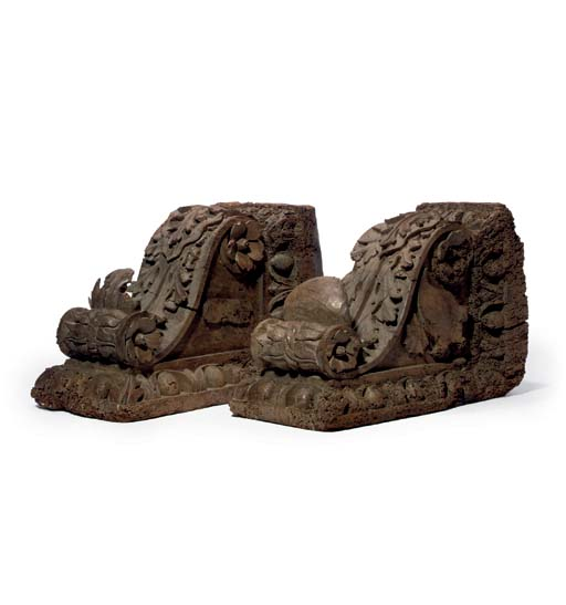 A PAIR OF CARVED WOOD BRACKETS
