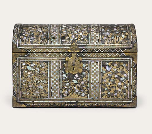 AN EXPORT LACQUER CHEST
