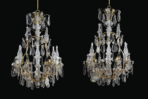 A PAIR OF FRENCH ORMOLU, CRYST