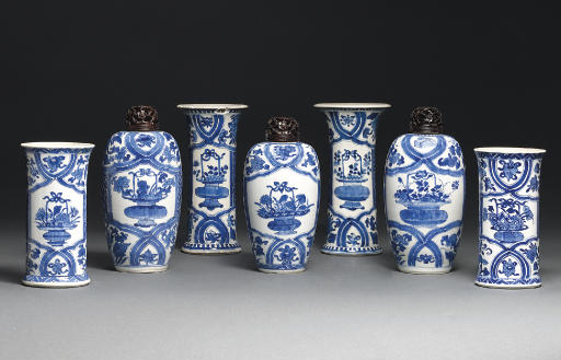 A GARNITURE OF FIVE BLUE AND W