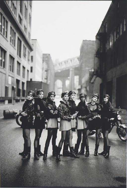 Cindy Crawford, Tatjana Patitz, Helena Christensen, Linda Evangelista, Claudia Schiffer, Naomi Campbell, Karen Mulder, Stephanie Seymour, Brooklyn, New York, American Vogue, 1991