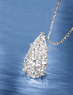 A VERY IMPORTANT DIAMOND PENDA