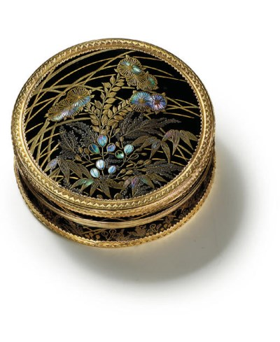 A LOUIS XVI GOLD-MOUNTED JAPAN