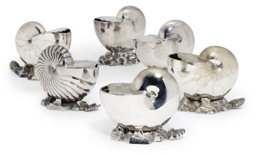 A GROUP OF SIX VARIOUS SILVER-