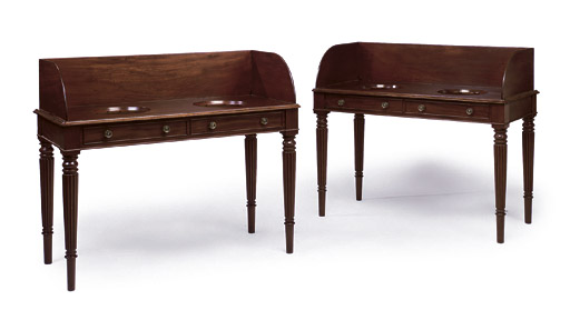 A PAIR OF SCOTTISH GEORGE IV MAHOGANY WASHSTANDS