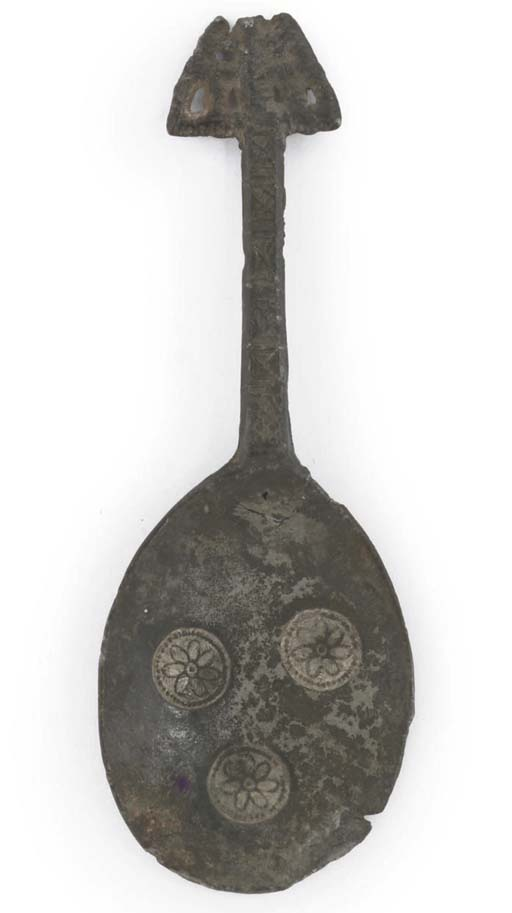 AN ENGLISH PEWTER SPOON