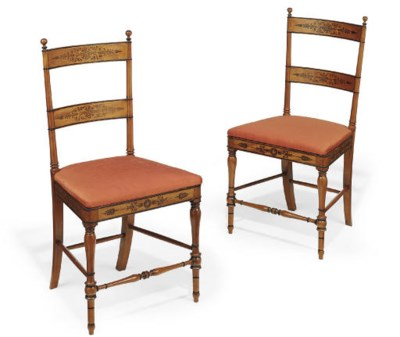 A PAIR OF ITALIAN SATINWOOD AN