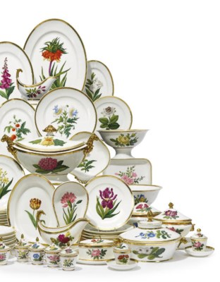 A FRENCH PORCELAIN BOTANICAL P