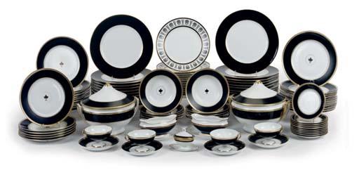 A RICHARD GINORI 'IMPERO BLACK' PART DINNER-SERVICE