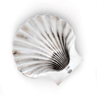 A GEORGE II SILVER BUTTER-SHELL