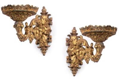 A SET OF FOUR ITALIAN GILT-SPE