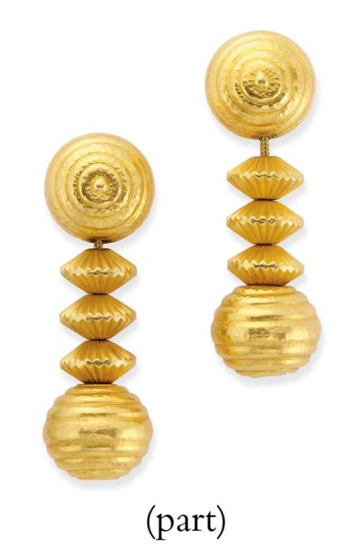A PAIR OF EAR PENDANTS, BY LAL
