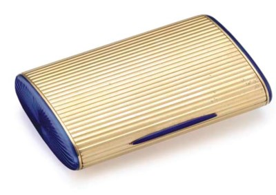 AN ITALIAN GOLD AND ENAMEL CIG