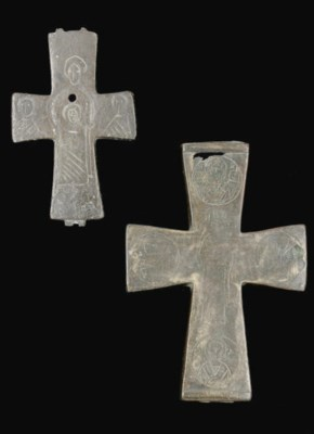 TWO CROSSES, EACH ONE THE REVE